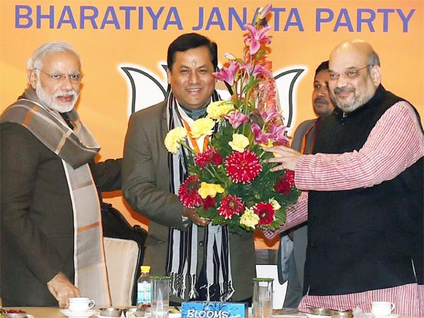 bjp-departs-from-practice-names-sarbananda-sonowal-as-assam-cm-candidate